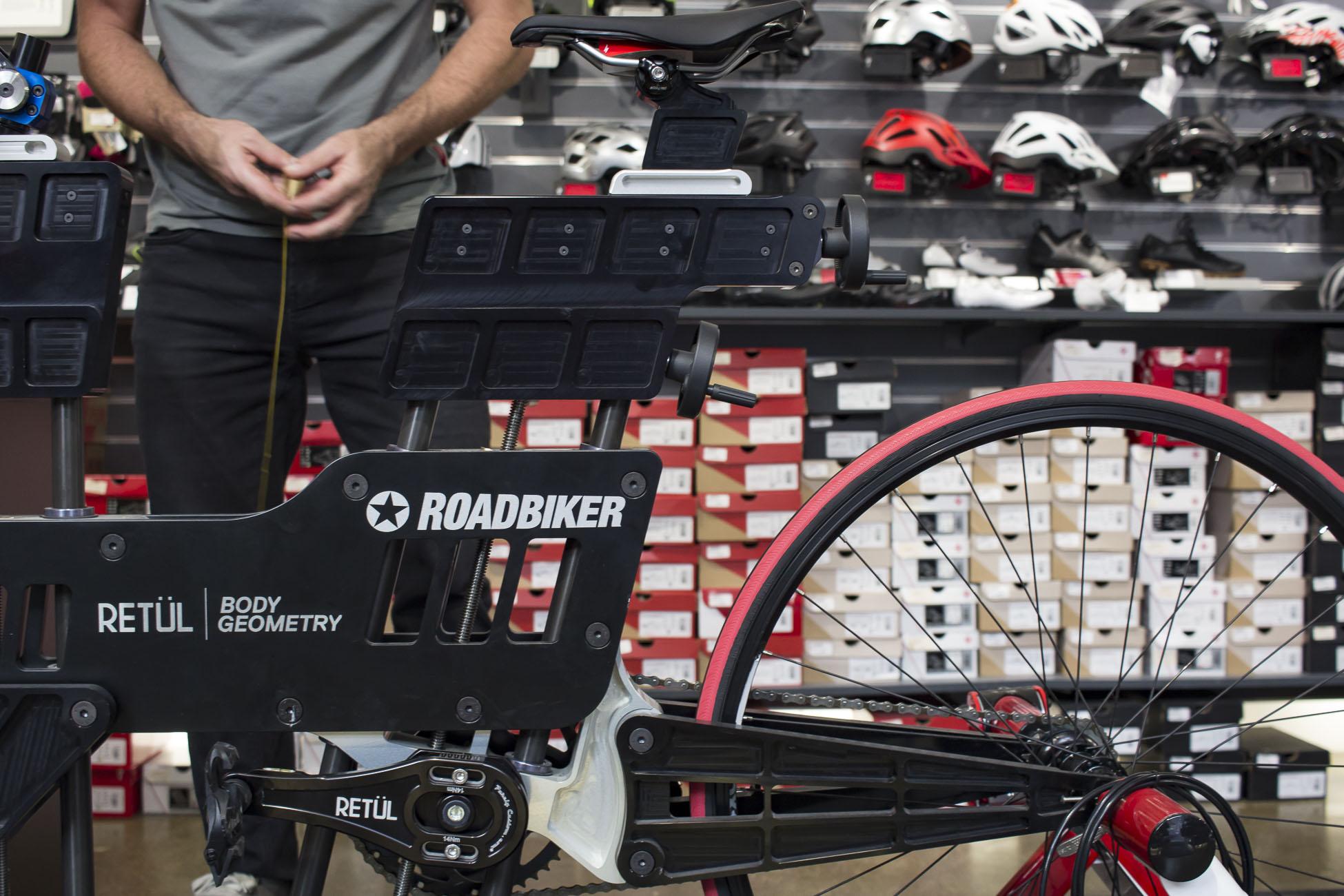 Bike Fit, Bike fitting, Roadbiker, Rennradfit, Radfit, Radanpassung, Wien, Österreich, Blog, Rennradblog, Geradeaus, Tini, Andy, Sport, Gesundheitsfit